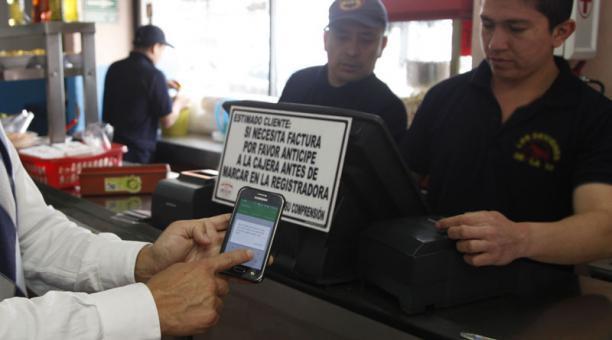 Junta Monetaria aprobó la tarifa para transacciones en billetera móvil